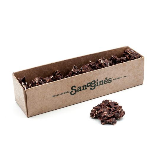Rocas de almendra con chocolate negro
